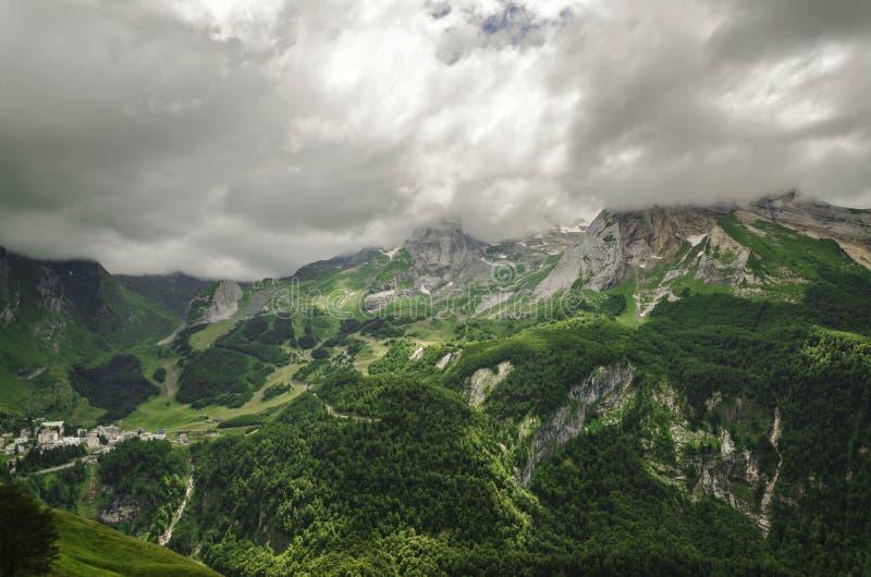 Vista nas montanhas na Espanha foto de stock royalty free