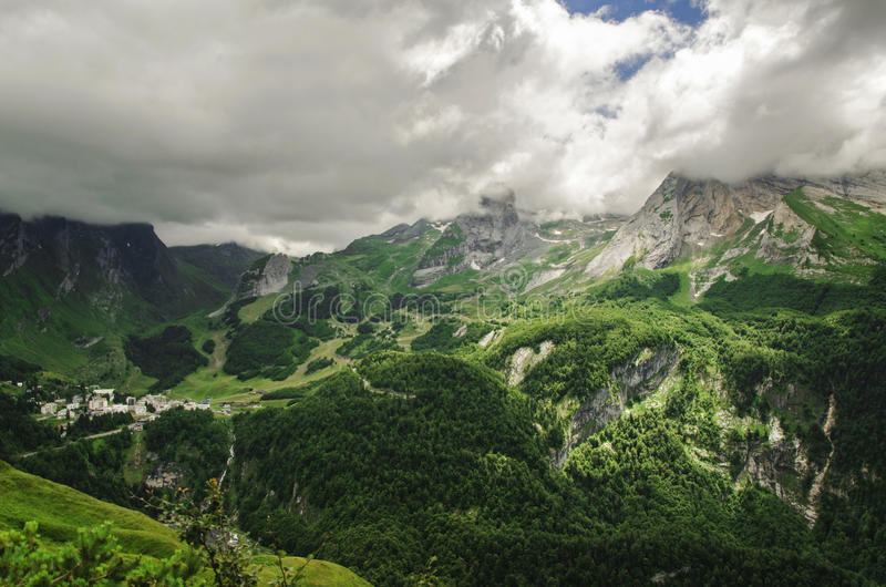 Vista nas montanhas na Espanha imagens de stock royalty free