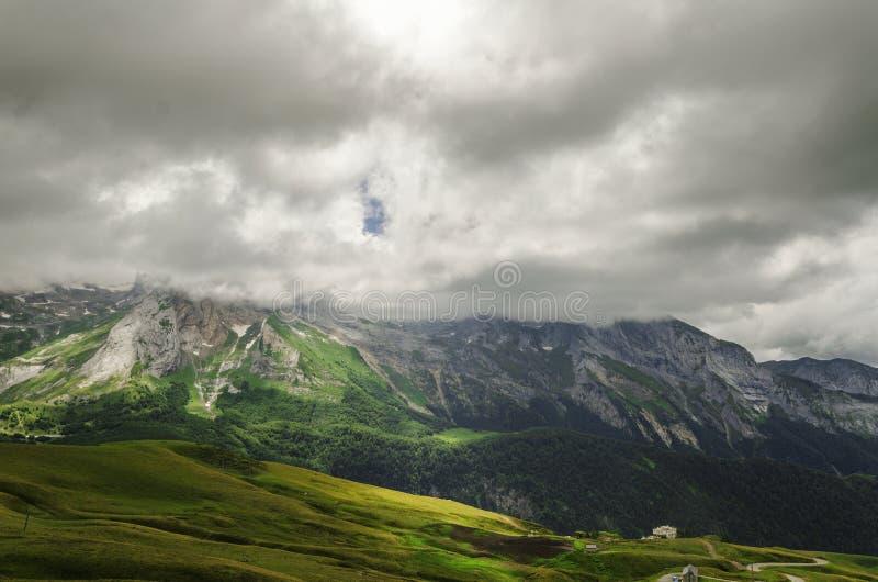 Vista nas montanhas na Espanha fotografia de stock