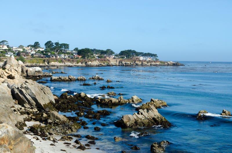 Vista no custo pacífico em Monterey. Califórnia EUA. fotografia de stock