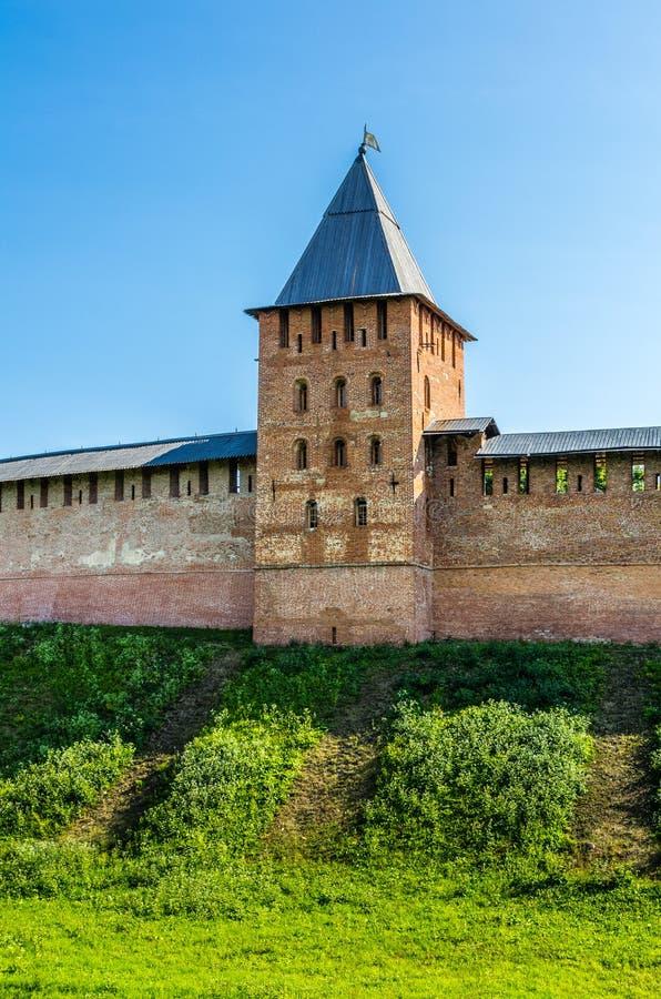 Vista no Kremlin em Veliky Novgorod imagens de stock