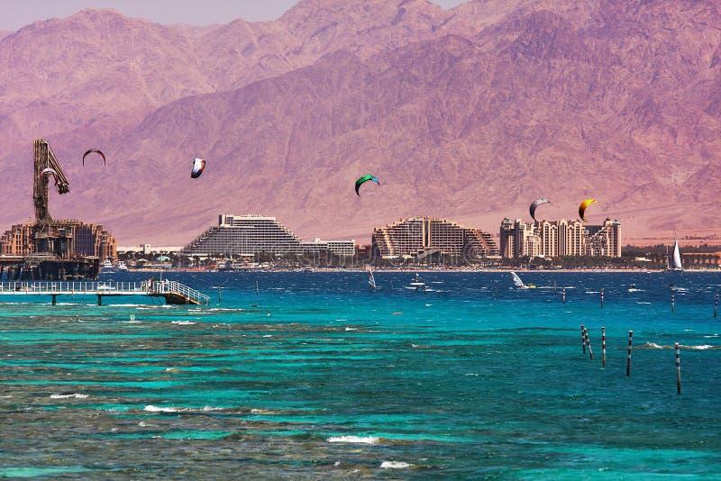 Vista no louro e no litoral em Eilat, Israel. foto de stock