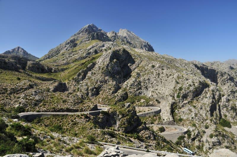 Download Estrada Da Montanha Sob O Major De Puig Foto de Stock - Imagem de área, ônibus: 29826020