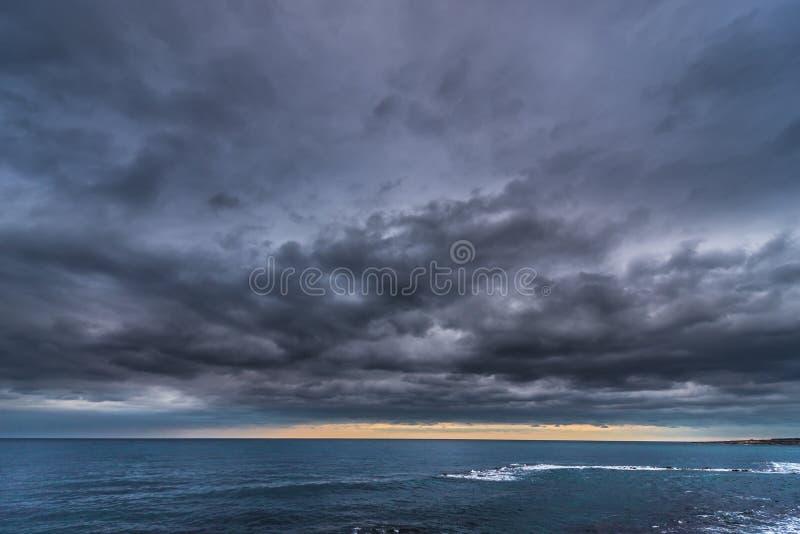 Vista no mar Ionian imagens de stock