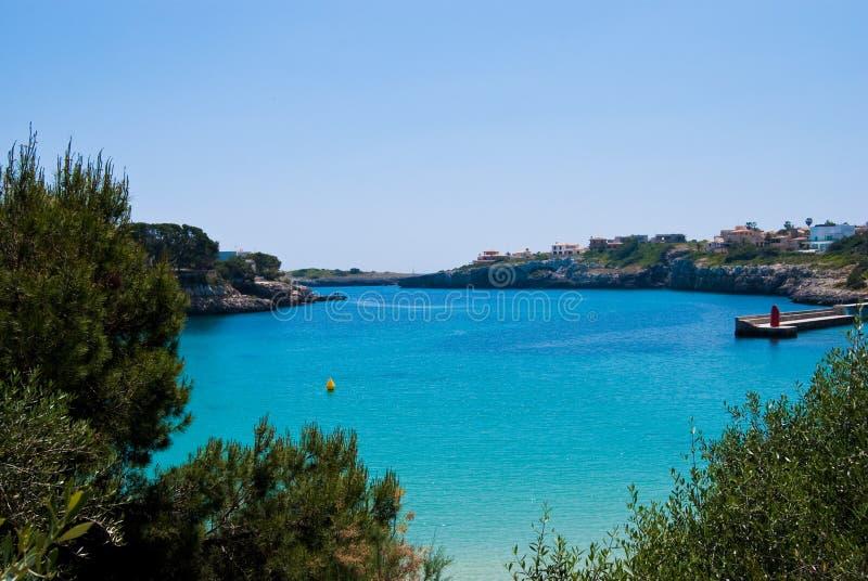 Vista no porto de Porto Cristo, Majorca, Spain foto de stock royalty free