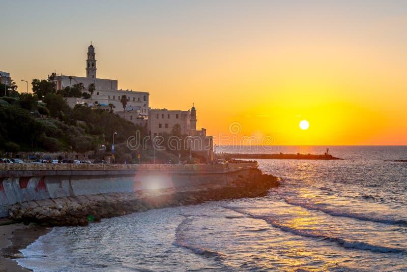 Vista nocturna de Jaffa del tel?fono Aviv Promenade imagen de archivo