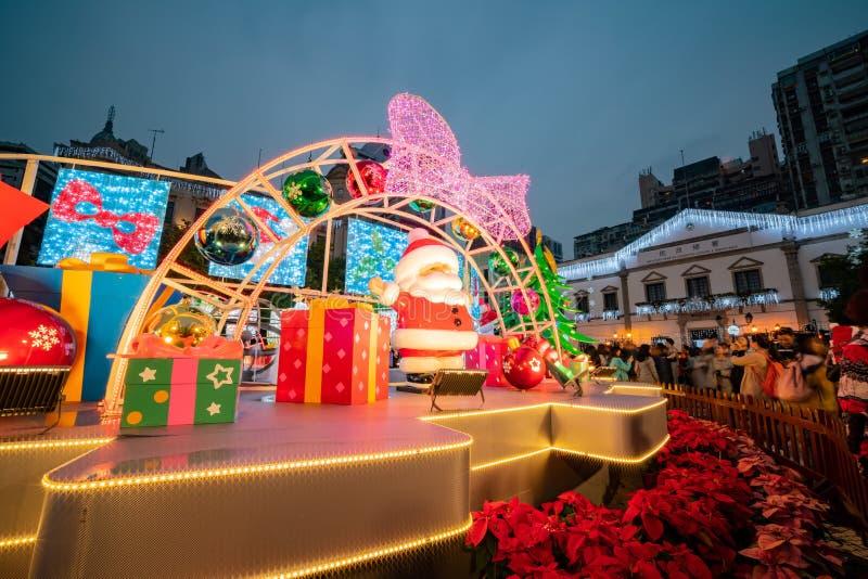 Vista nocturna del cuadrado famoso de Senado con la decoración de la Navidad foto de archivo libre de regalías