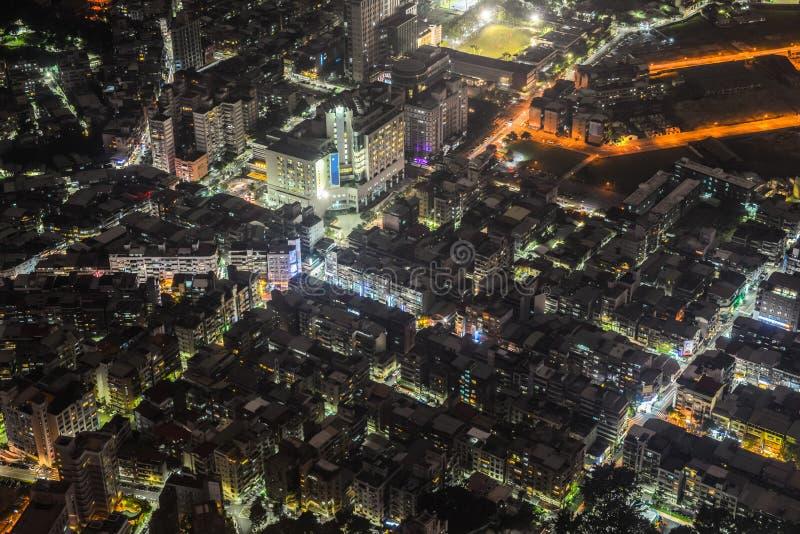 Vista nocturna del disctrict de la ciudad de Taipei fotos de archivo libres de regalías