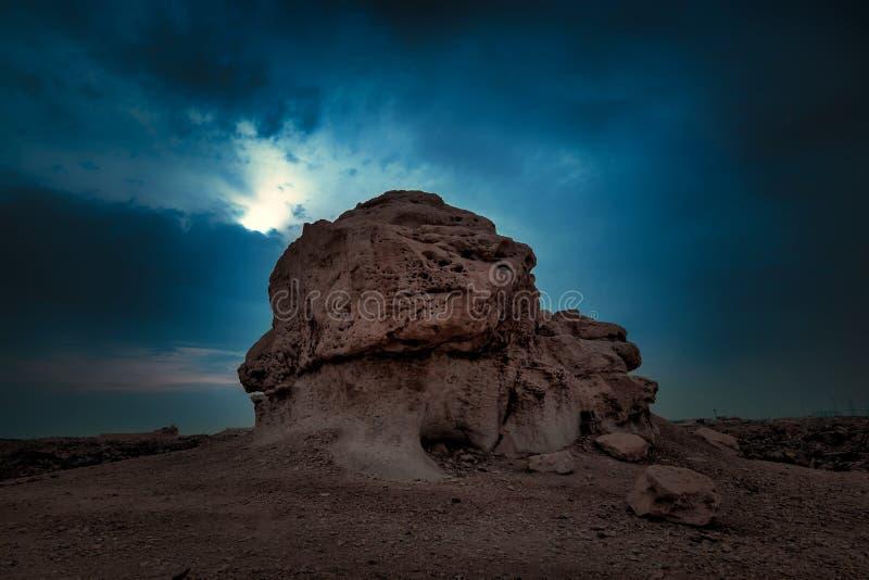 Vista nocturna hermosa en el desierto de Dammam la Arabia Saudita fotografía de archivo