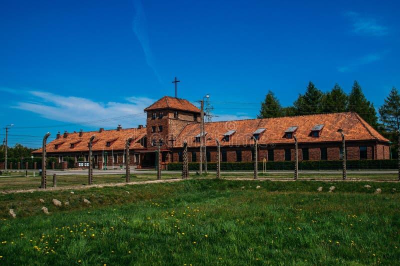 Vista a Office y a la vivienda de Birkenau del comandante para el hombre de los SS foto de archivo