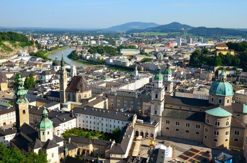 Vista panorámica aérea de la Salzburg imagen de archivo