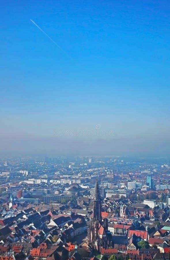 Vista panorámica de Freiburg-im-Breisgau, Alemania imágenes de archivo libres de regalías