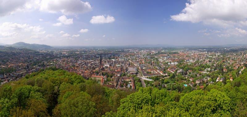 Vista panorámica de Freiburg-im-Breisgau, Alemania imagen de archivo