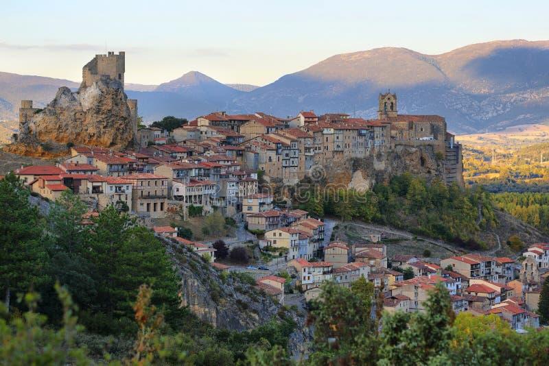 Vista panorámica de Frias, Burgos, España foto de archivo libre de regalías