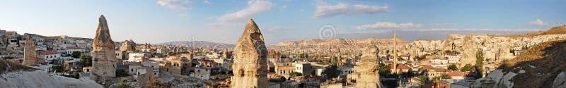 Vista panorámica de Goreme en Turquía fotos de archivo