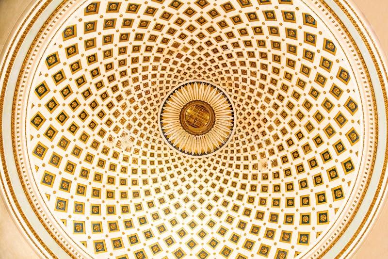 Vista panorámica de la cúpula de la Rotunda de Mosta, Malta fotografía de archivo