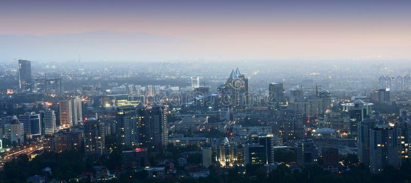 Vista panorámica de la ciudad imagen de archivo