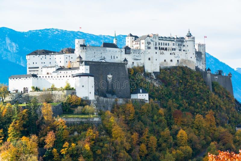 Vista panorámica de la ciudad histórica de Salzburg fotos de archivo libres de regalías