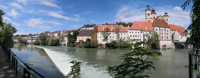 vista panorámica de la ciudad vieja de Steyr fotografía de archivo