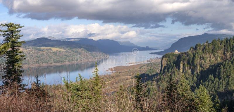 Vista panorámica de la garganta del río Columbia Oregón fotos de archivo libres de regalías