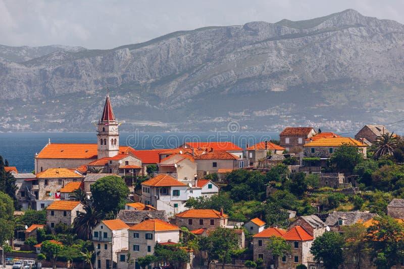 Vista panorámica de la isla de Brac, Dalmatia, Croacia Vista panorámica de la isla de Brac, Dalmatia, Croacia Vista espléndida so imágenes de archivo libres de regalías