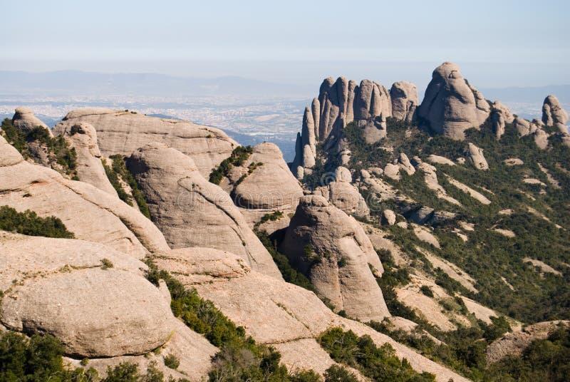 Vista panorámica de la montaña de Montserrat fotografía de archivo libre de regalías