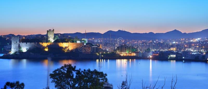 Vista panorámica de la noche Bodrum, Turquía fotografía de archivo libre de regalías