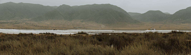 Vista panorámica de las salinas de Las en la costa de Almería fotos de archivo libres de regalías