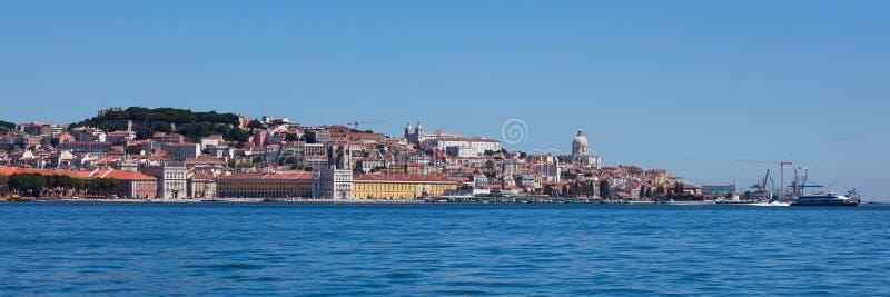 Vista panorámica de Lisboa vieja foto de archivo