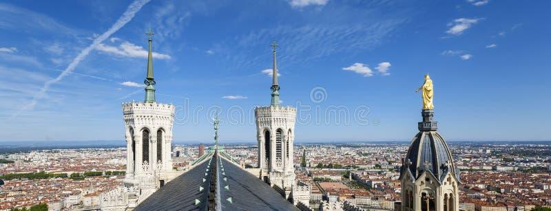 Vista panorámica de Lyon desde arriba de Notre Dame de Fourviere imagenes de archivo