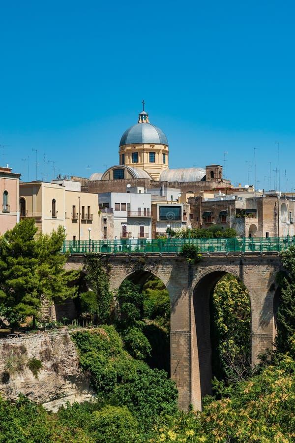 Vista panorámica de Massafra Puglia Italia imágenes de archivo libres de regalías