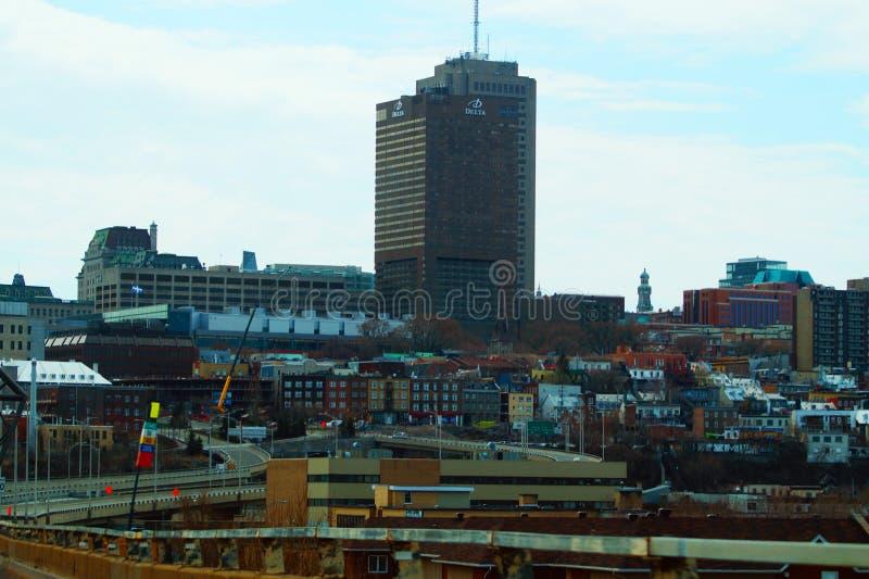 Vista panorámica de Montreal, edificios altos en la ciudad foto de archivo libre de regalías