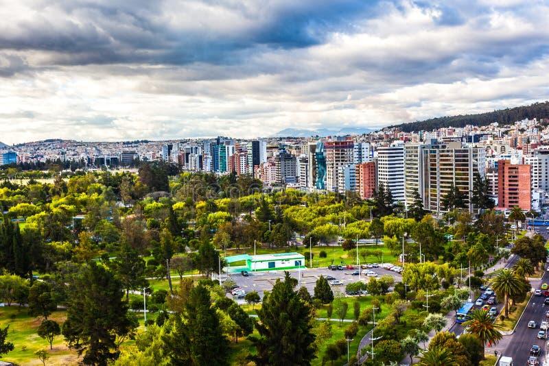 Vista panorámica de Quito foto de archivo