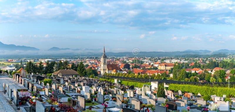 Vista panorámica de Slovenska Bistrica, Eslovenia fotos de archivo libres de regalías