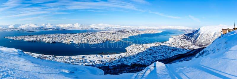 Vista panorámica de Tromso de Fjellstua imagen de archivo