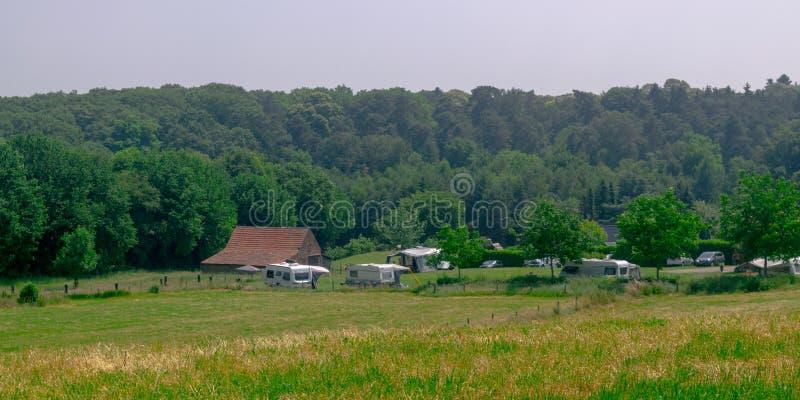 Vista panorámica del camping holandés fotografía de archivo libre de regalías