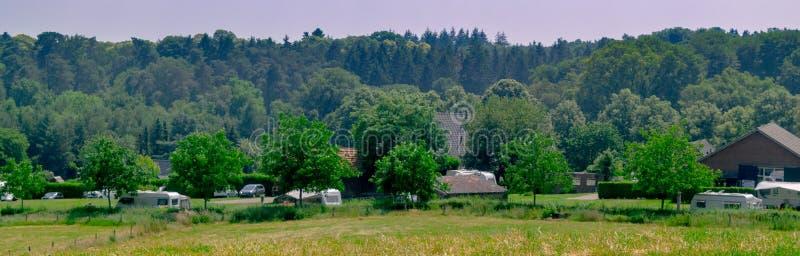 Vista panorámica del camping holandés imagenes de archivo