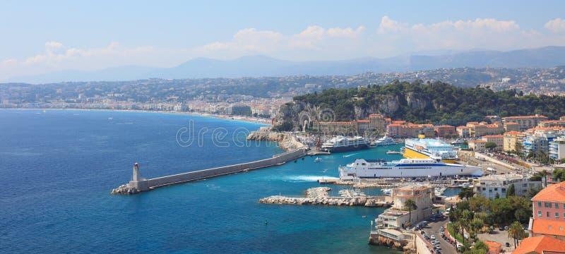 Vista panorámica del puerto de la ciudad de Niza. imagen de archivo libre de regalías
