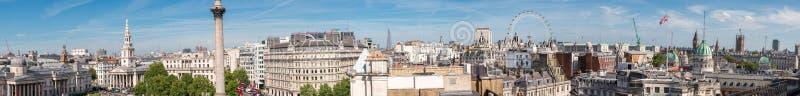 Vista panorámica gigante de Londres del tejado de Trafalgar Square imágenes de archivo libres de regalías