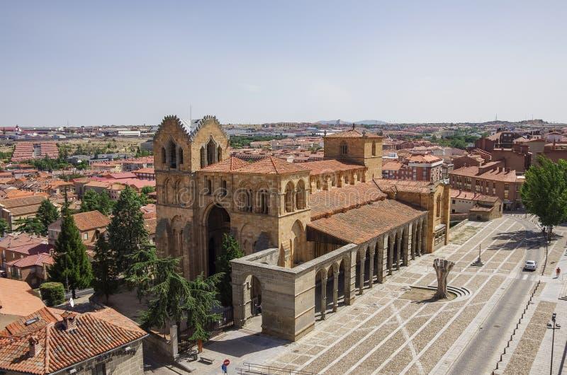 Vista panorámica hermosa de la basílica histórica de San Vicente imagen de archivo