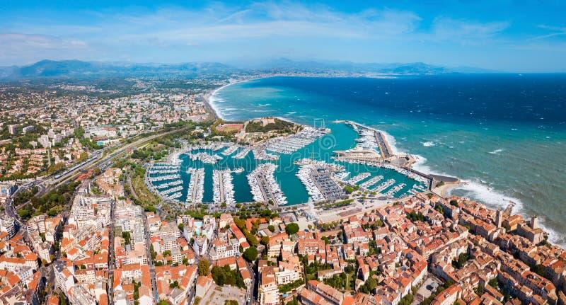 Vista panorâmica aérea de Antibes, França imagem de stock
