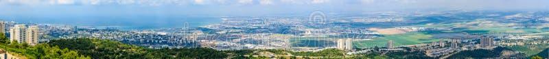 Vista panorâmica da baía de Haifa fotografia de stock royalty free