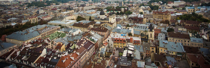 Vista panorâmica da cidade europeia velha, bandeira da ideia superior da arquitetura imagens de stock
