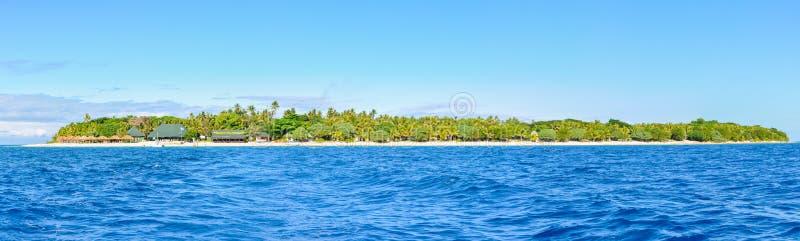 Download Vista Panorâmica Da Ilha Da Recompensa Em Fiji Imagem de Stock Editorial - Imagem de palma, água: 80101814