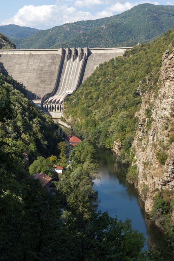 Vista panorâmica da represa do Vacha & do x28; Antonivanovtsy& x29; Reservatório, Bulgária fotos de stock royalty free