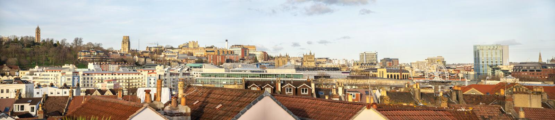 Vista panorâmica da skyline do centro de Bristol, Inglaterra imagens de stock royalty free