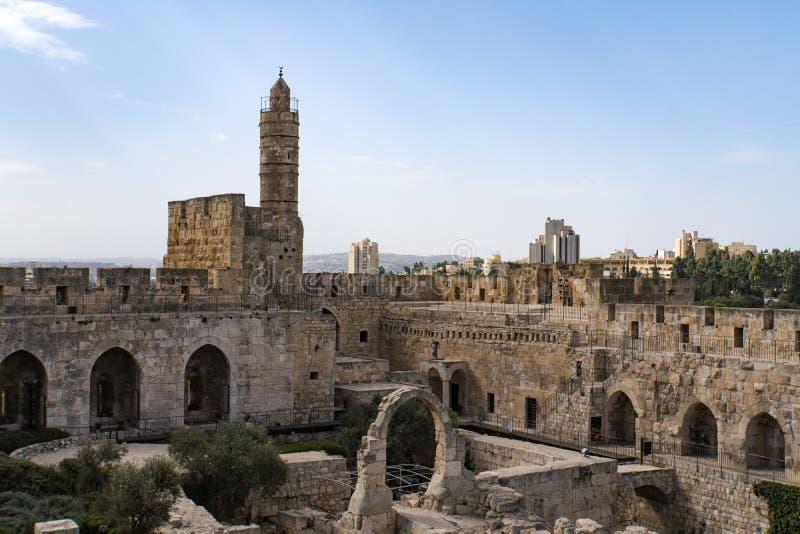Vista panorâmica da torre de David no tempo de mola na cidade velha do Jerusalém, Israel imagem de stock royalty free