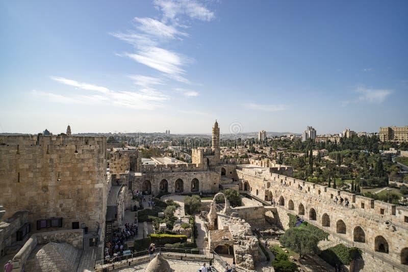 Vista panorâmica da torre de David no tempo de mola na cidade velha do Jerusalém, Israel fotos de stock