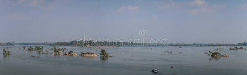 Vista panorâmica das 4000 ilhas de Don Khon, si Phan Don, província de Champasak, Laos fotografia de stock