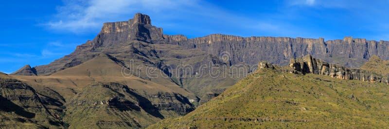 Vista panorâmica das montanhas de Drakensberg fotografia de stock